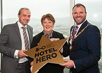 Linda Honoured With Hotel Hero Accolade